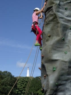 Mobile Climbing wall reduces travel costs